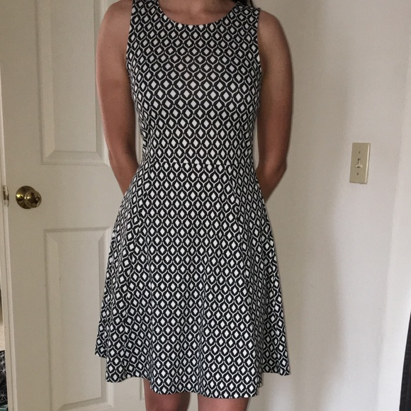 H&M Dresses & Skirts - Black and White Patterned H&M Dress Size S
